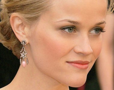 A photo of Reese Witherspoon